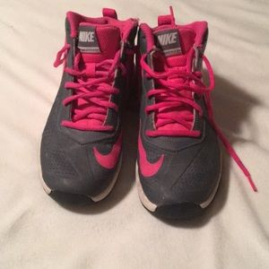 Nike sneakers  (kids) all offers accepted